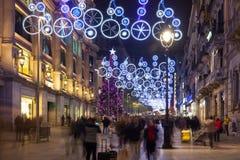 Decoraciones de la Navidad en Portal del Angel. Barcelona Imagen de archivo