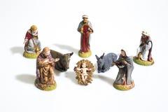 Decoraciones de la Navidad, estatuas de la escena de la natividad aisladas en una pizca fotos de archivo libres de regalías