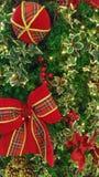 Decoraciones de la Navidad, tales como la campana de la Navidad Fotografía de archivo