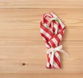 Decoraciones de la tabla de la Navidad Foto de archivo libre de regalías