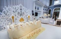 Decoraciones de la tabla del banquete de boda Fotos de archivo libres de regalías