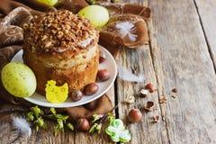 Decoraciones de la torta y del día de fiesta de Pascua Imagen de archivo