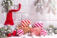 Decoraciones de las vacaciones de invierno  fotografía de archivo libre de regalías