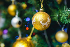 Decoraciones del árbol de navidad Imagen de archivo libre de regalías