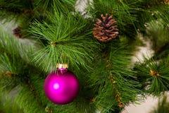 Decoraciones del árbol de navidad 2016 Felices Año Nuevo Imagenes de archivo