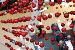 Decoraciones del Año Nuevo de la bola Imágenes de archivo libres de regalías