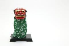 Decoraciones del Año Nuevo del danceShishimai tradicional del león de Japón Imagenes de archivo