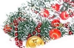 Decoraciones del día de fiesta, la Navidad Bell de oro Foto de archivo libre de regalías