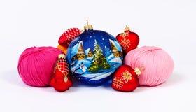 Decoraciones del hilado y de Navidad Imágenes de archivo libres de regalías
