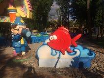 Decoraciones del parque del parque zoológico de Kharkov fotos de archivo libres de regalías