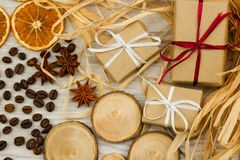 Decoraciones festivas La Navidad, concepto de pascua fotos de archivo