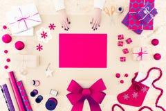 Decoraciones hechas a mano de la Navidad Imagenes de archivo