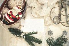 Decoraciones hechas a mano de la Navidad de la preparación de la Navidad (arte) Foto de archivo