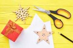 Decoraciones hechas a mano del Año Nuevo y de la Navidad Fotografía de archivo