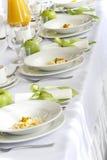 Decoraciones hermosas de la boda en la tabla Foto de archivo