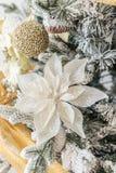 Decoraciones modernas de la Navidad imagen de archivo