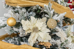 Decoraciones modernas de la Navidad imagen de archivo libre de regalías