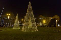 Decoraciones públicas por días de fiesta de Navidad y del Año Nuevo en Zagreb Foto de archivo