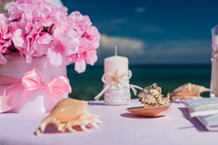 Decoraciones para las bodas en el océano Foto de archivo libre de regalías