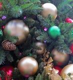 Decoraciones tradicionales de la Navidad Fotos de archivo libres de regalías