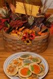 Decoraciones y galletas de la acción de gracias Fotos de archivo libres de regalías