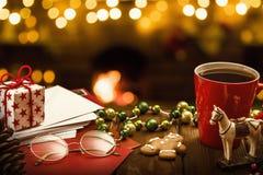 Decoraciones y letras de la Navidad Foto de archivo libre de regalías