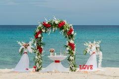 Decorações para casamentos no oceano Fotos de Stock Royalty Free