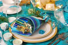 Decoração da tabela do Natal em cores de turquesa Fotografia de Stock