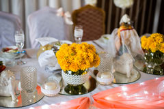 Decorated wedding table, wedding preparation Stock Images
