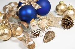 Decoratie in blauw en gouden Stock Foto