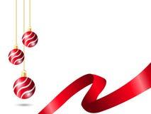 Decoratie die van de Kerstmis de rode bal het golven motief met rode lintkabel gebruiken op witte achtergrond vector illustratie