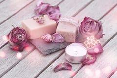 Decoratie met natuurlijke zeep royalty-vrije stock afbeeldingen