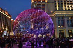 Decoratie in Moskou tijdens Nieuwjaar en Kerstmisvakantie Royalty-vrije Stock Afbeelding