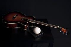 Decoratie van de gitaar de muzikale stijl Stock Afbeeldingen