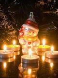Decoratie voor spar en kaarsen Stock Fotografie