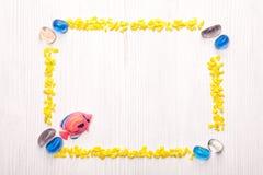 Decoratief kader met zeeschelpen Stock Foto's