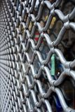 Decoratief metaalrooster op het venster Decoratief Traliewerk Royalty-vrije Stock Foto