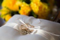 Decoratief ontwerp voor het huwelijk Stock Afbeeldingen