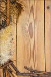 Decoratiesamenstelling op houten achtergrond raad gevoerd gemaakt o Royalty-vrije Stock Fotografie