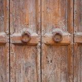 Decoratieve deurknoppen stock afbeelding