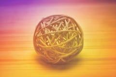 Decoratieve die bal van bamboe wordt geweven Stock Afbeelding