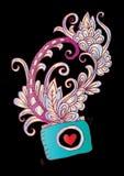 Decoratieve fotocamera en bloemen, voor overhemdsontwerp Stock Illustratie