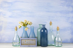 Decoratieve geplaatste flessen Royalty-vrije Stock Foto