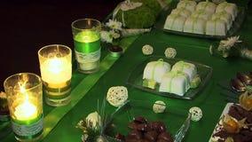 Decoratieve kaarsen stock video