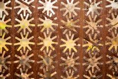 Decoratieve metaalomheining met sterren als achtergrond royalty-vrije illustratie