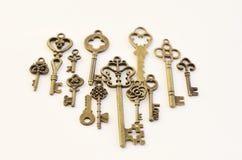 Decoratieve sleutels van verschillende grootte, gestileerde antiquiteit royalty-vrije stock fotografie
