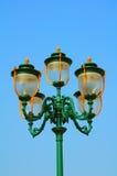 Decoratieve uitstekende straatlantaarns Stock Foto's