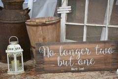 Rustic Wedding Decor. Decorations at a rustic outdoor wedding Royalty Free Stock Photos