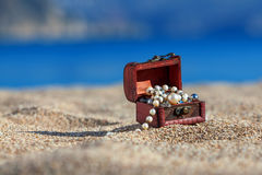 Decorative chest with jewelry Royalty Free Stock Images
