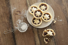 Decorative freshly baked Christmas mince pies Royalty Free Stock Images